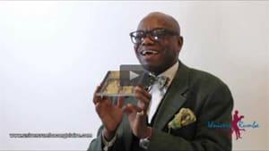 """Interview : Delvis Salsero présente son nouvel opus intitulé  """"Les Grands Classiques de la musique congolaise"""""""